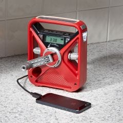 Deluxe Digital Emergency Radio/Phone Charger