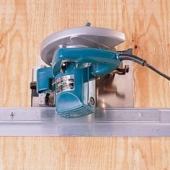 Precision Cutting Saw Guide